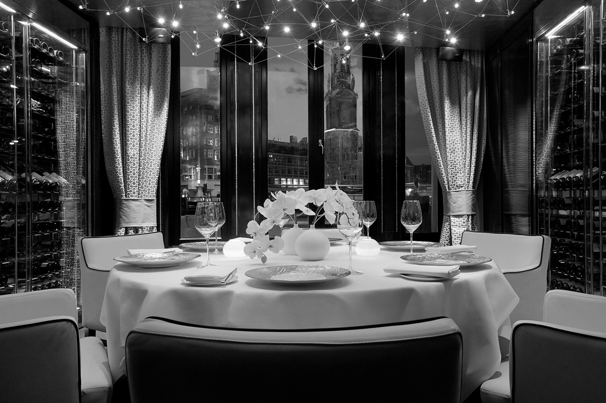 While enjoying your day last meal, take a look to the luxurious landscape Hotel L'Europe: The Heart of Amsterdam Hotel L'Europe: The Heart of Amsterdam Hotel Leurope Amsterdam 3