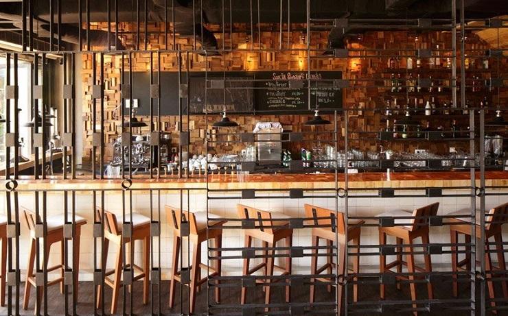 """Porterhouse is a contemporary fusion restaurant located in Pantai Indah Kapuk, Indonesia. It was a project developed by Jakarta-based designer Alvin Tjitrowirjo of AlvinT studio."" Porterhouse Restaurant by Alvin T Porterhouse Restaurant by Alvin T 013414MX 0"