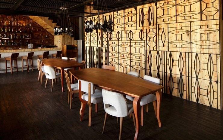 """Porterhouse is a contemporary fusion restaurant located in Pantai Indah Kapuk, Indonesia. It was a project developed by Jakarta-based designer Alvin Tjitrowirjo of AlvinT studio."" Porterhouse Restaurant by Alvin T Porterhouse Restaurant by Alvin T 013414MX 1"