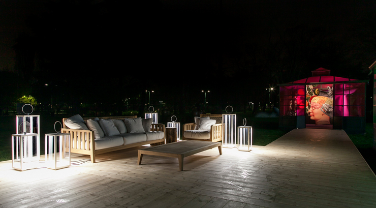 """""""Ferruccio Laviani has created an installation reminding the wonderland and inspired by Lewis Carroll's famous book, Alice in Wonderland, for the Italian outdoor furniture brand Unopiu"""" Ferruccio Laviani for Unopiu Ferruccio Laviani for Unopiu Unopiu2"""