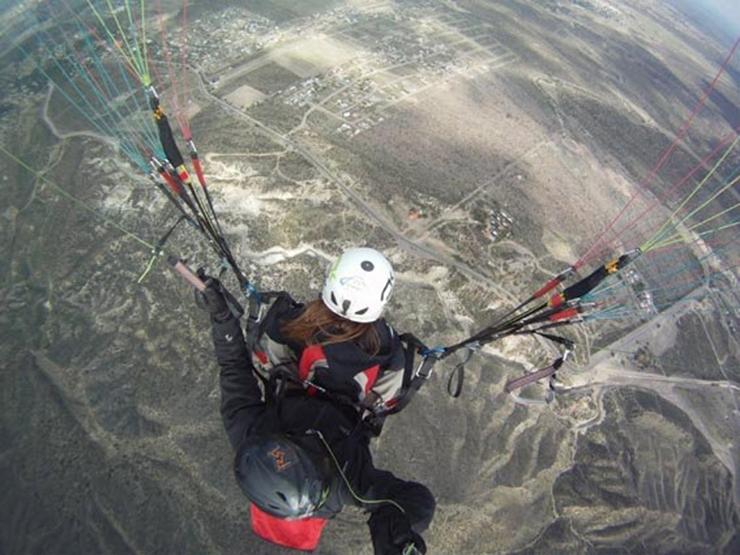 world adventures: Paragliding in Mendonza, Argentina world adventures Top 10 amazing world adventures activity imgs 6790db60afa0fdbcbc00b978b8f97dbe main