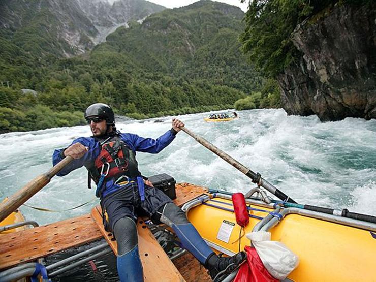world adventures: White water rafting in Alaska, USA world adventures Top 10 amazing world adventures rafting chile 6483 600x4501