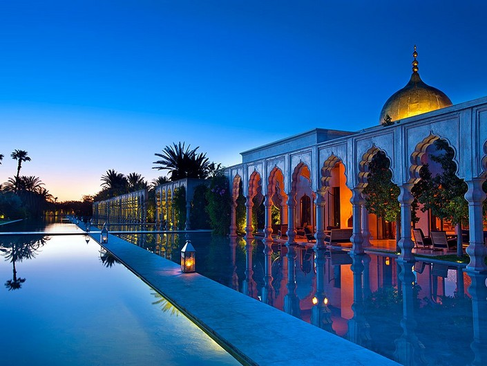 """""""For our inspiration and yours, we had a go at picking out some of the new most unique and luxury places to stay around the world."""" 2014 Luxury Hotels to check in 2014 Luxury Hotels to check in item1"""