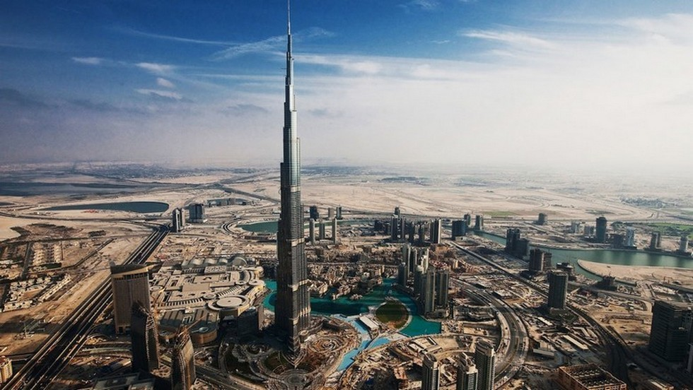 """The Design Days Dubai started today and while you visit all the galleries you will see a amazing modern city! "" The Most Amazing Buildings to visit in Dubai The Most Amazing Buildings to visit in Dubai Burj Khalifa 11"