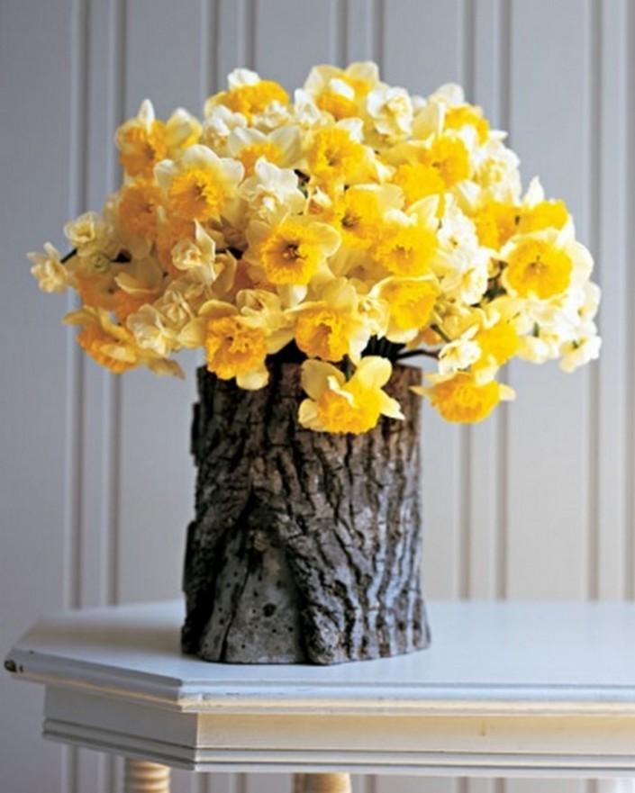 Ideas for beautiful spring flower arrangements ideas for beautiful spring flower arrangements daffodil in faux bois arrangement ideas for mightylinksfo