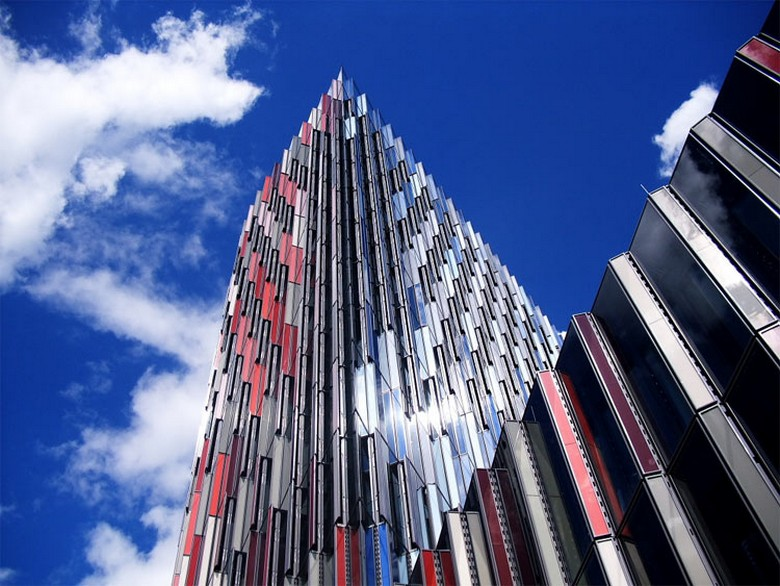 Awesome The Top 5 Contemporary Architecture Buildings In Frankfurt Largest Home Design Picture Inspirations Pitcheantrous