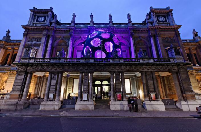 worlds best design_london art1 World's Design Guides : London, a magical travel awaits you World's Design Guides : London, a magical travel awaits you worlds best design london art1
