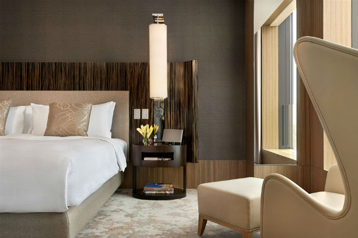 10 of the most beautiful bedroom lamps we\'ve ever seen