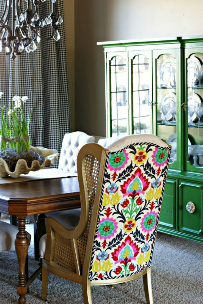 5 bold high back dining room chairs for unique dining rooms for Unique dining room designs