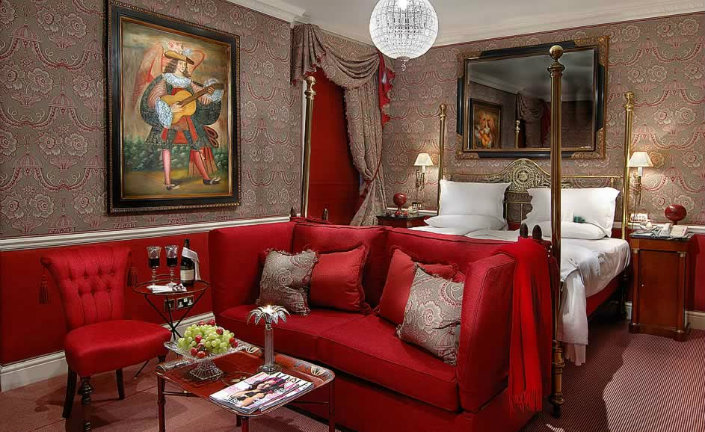 Egerton Which of London's best Hotels should i book for Christmas Eve? Which of London's best Hotels should i book for Christmas Eve? Egerton