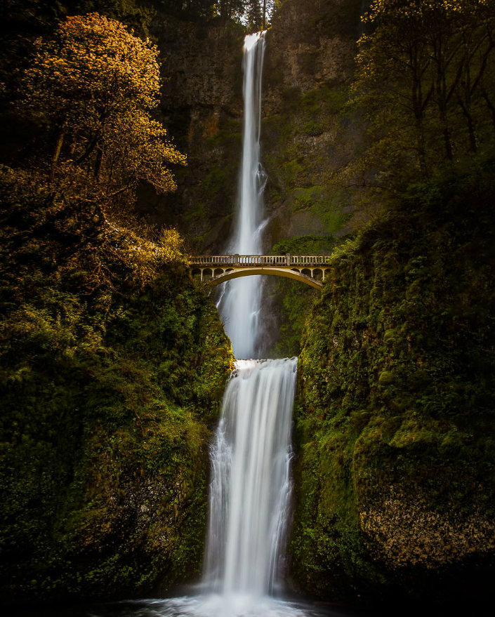 Top 10 magical bridges by BRABBU: An unforgettable travel Top 10 magical bridges by BRABBU: An unforgettable travel Top 10 magical bridges by BRABBU: An unforgettable travel Multnomah Falls Oregon USA