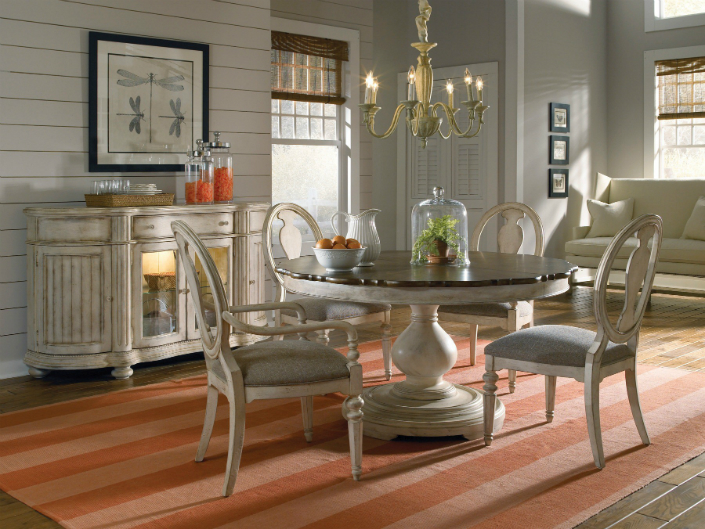 Why Choose A Round Dining Table For Your Living Room 4