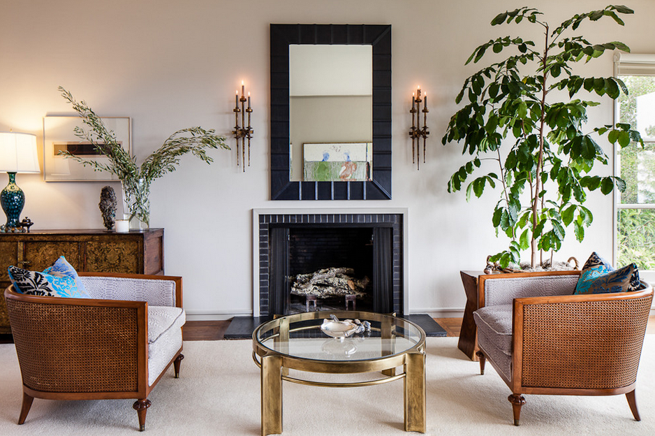 HOW TO DECORATE A BIG LIVING ROOM with brass tables