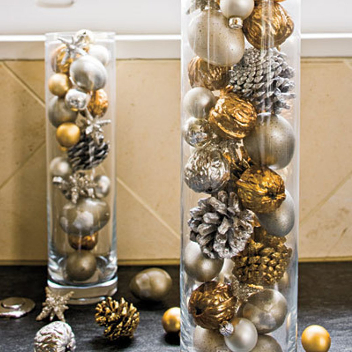 Christmas Decoration Ideas For Your Brass Coffee Table 1 Brabbu Design Forces