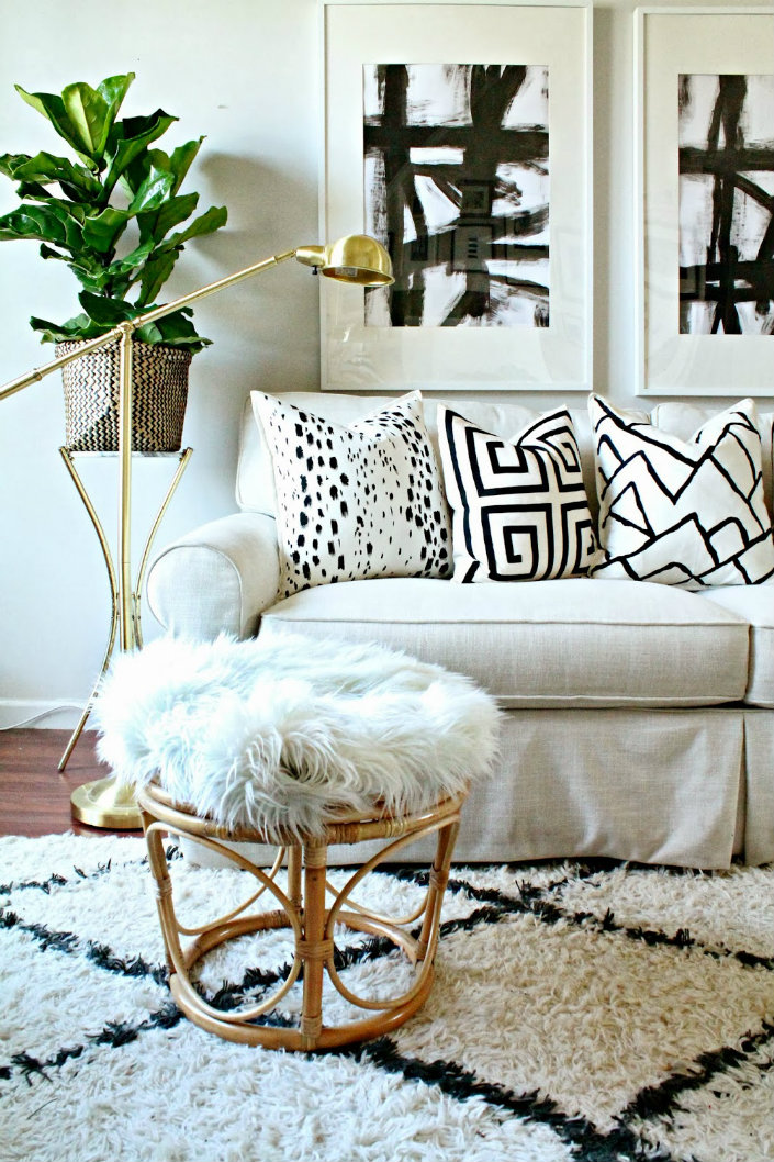 The Best Modern Floor Lamp For Black And White Interiors 4