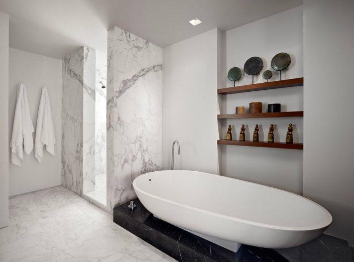 Modern Home Decor: The Marble Bathroom