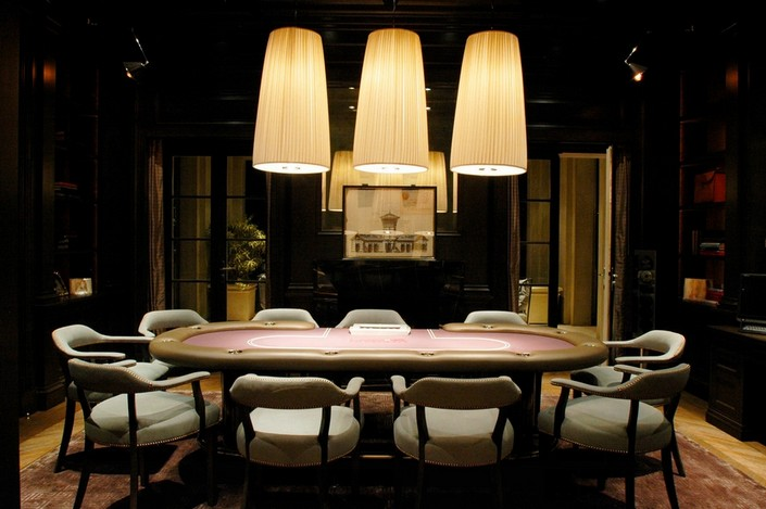 red living room ideas pictures - Top 10 Stylish Poker Rooms