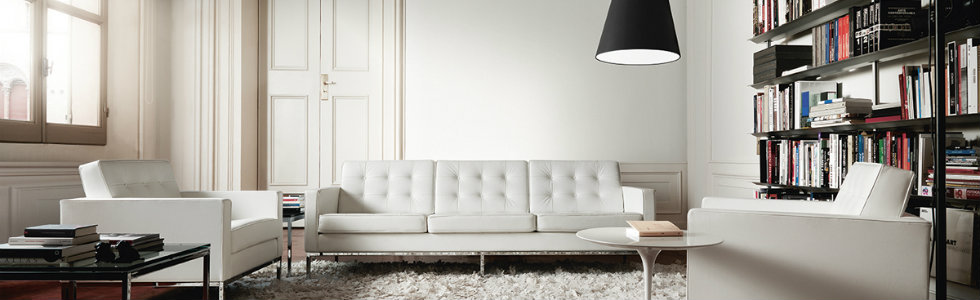 20TH CENTURY BEST DESIGNERS - Florence Knoll 20TH CENTURY BEST DESIGNERS – Florence Knoll white beautiful florence knoll sofa design white leather covering tufted chrome leg three seating sectional couch white round coffee table square gloss table top living room table beautiful florence k