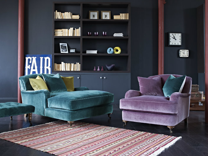 Dress Up Your Living Room With The Best 10 Colorful Velvet Sofa 1