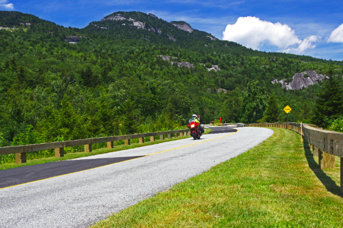 Hit the road - 10 Motorcycle Rides in U.S. by National Geographic 1 Hit the road - 10 Motorcycle Rides in U.S. by National Geographic Hit the road – 10 Motorcycle Rides in U.S. by National Geographic Hit the road 10 Motorcycle Rides in U