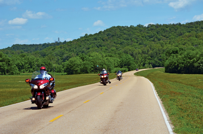 Hit the road - 10 Motorcycle Rides in U.S. by National Geographic 16 Hit the road - 10 Motorcycle Rides in U.S. by National Geographic Hit the road – 10 Motorcycle Rides in U.S. by National Geographic Hit the road 10 Motorcycle Rides in U
