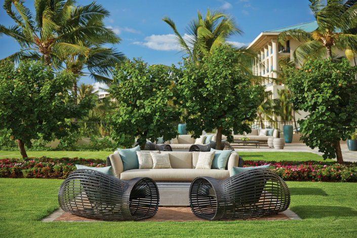 How to use a Lounge Chair in a Lounge Pool area How to use a Lounge Chair in a Poolside area How to use a Lounge Chair in a Poolside area Lokelani Outdoor Lounge Area