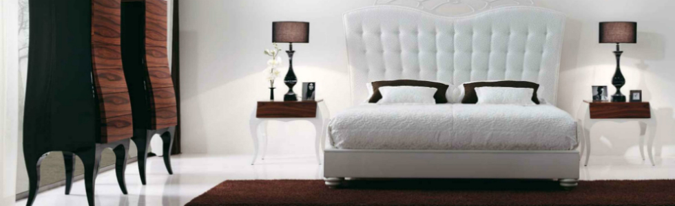 Bedside Tables The Bedside Tables Decor of George Clooney, Elle DeGeneres and Other The Bedside Tables Decor of George Clooney Elle DeGeneres and Other Stars