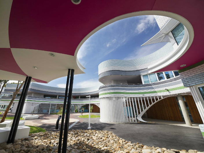 Meet the new 25 most amazing buidings on the world Meet the New 25 Most Amazing Buildings on the World Meet the New 25 Most Amazing Buildings on the World penleigh and essendon grammar middle girls school by mcbride charles ryan melbourne australia
