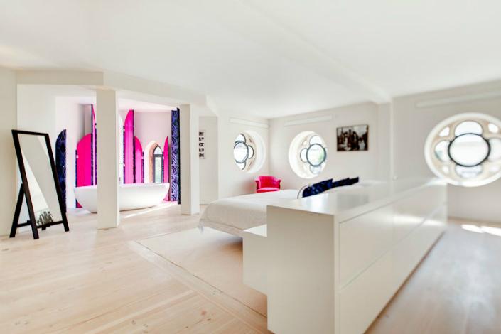 modern home decor, modern interiors, historic buildings, contemporary interiors,