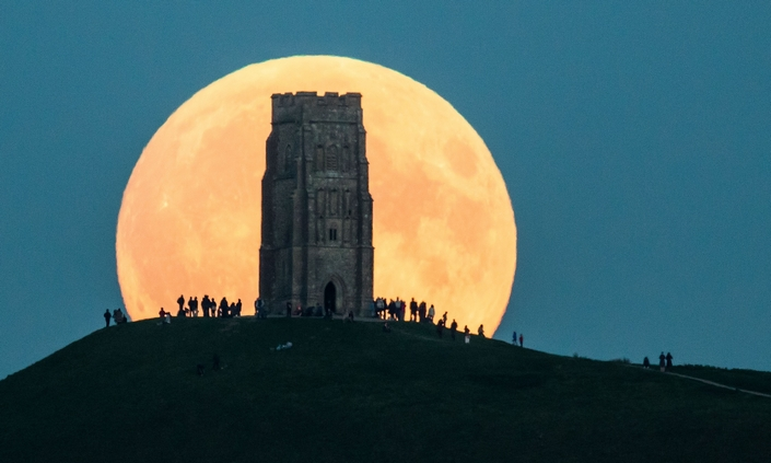 The Best Pictures from the super blood moon september 2015 12 super blood moon The Best Pictures of the super blood moon september 2015 The Best Pictures from the super blood moon september 2015 12