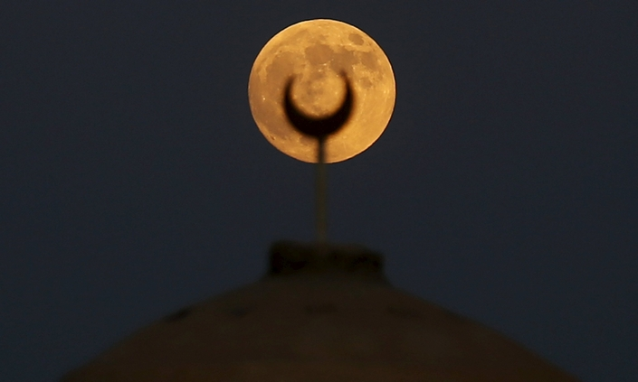 The Best Pictures from the september 2015 5 super blood moon The Best Pictures of the super blood moon september 2015 The Best Pictures from the super blood moon september 2015 5