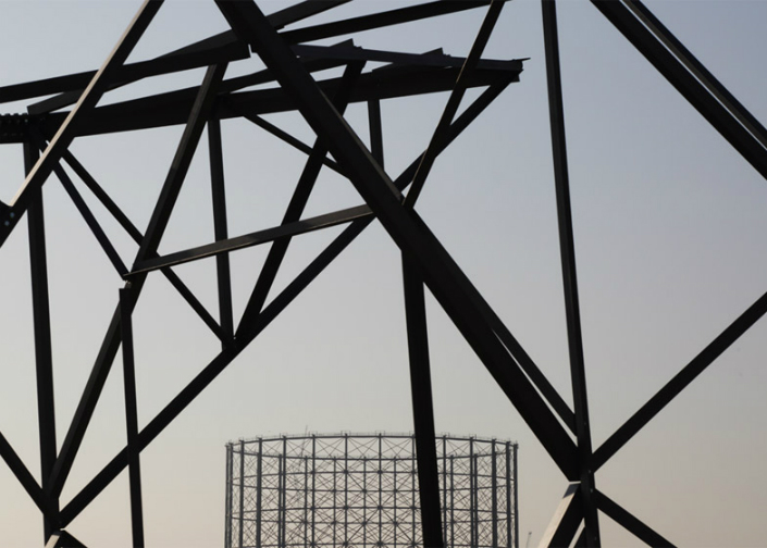 london design festival 2015 decorex 2015 Alex Chinneck 3 London Design Festival London Design Festival 2015: An upside-down sculpture by Alex Chinneck london design festival 2015 decorex 2015 Alex Chinneck 3