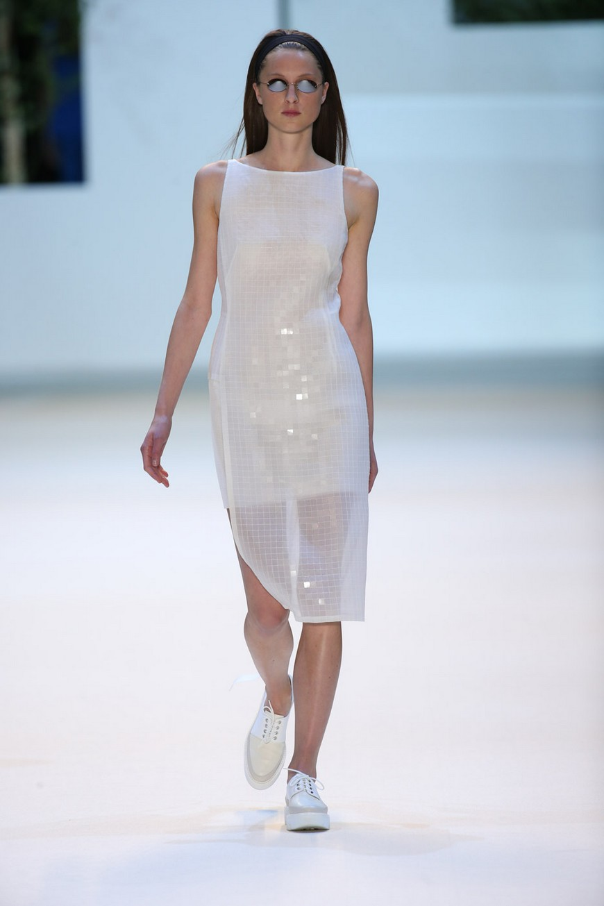 Swiss fashion house Akris get inspiration in Sou Fujimoto's buildings for the Spring Summer 2016 Collection