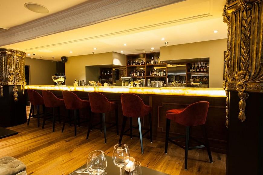 Where to go at los angeles new le petit paris restaurant for Le petit salon paris