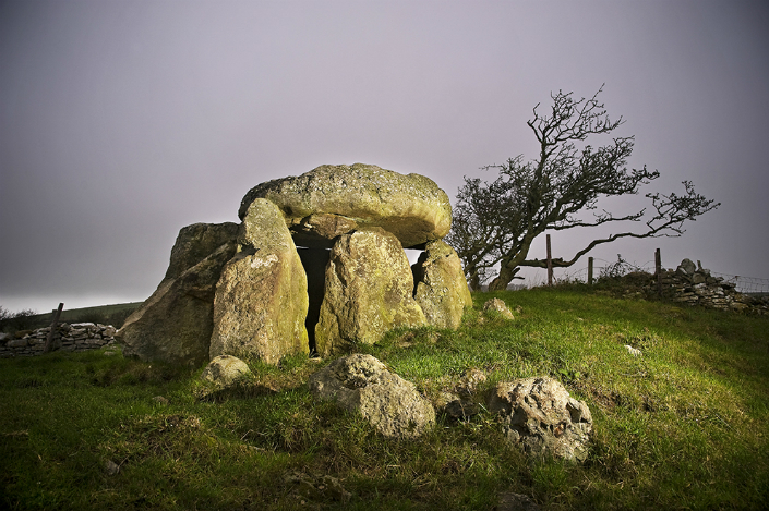 BRABBU Design Inspiration - Neolithic Landscapes neolithic landscapes BRABBU Design Inspiration – Neolithic Landscapes design inspiration modern console table modern contemporary furniture 3