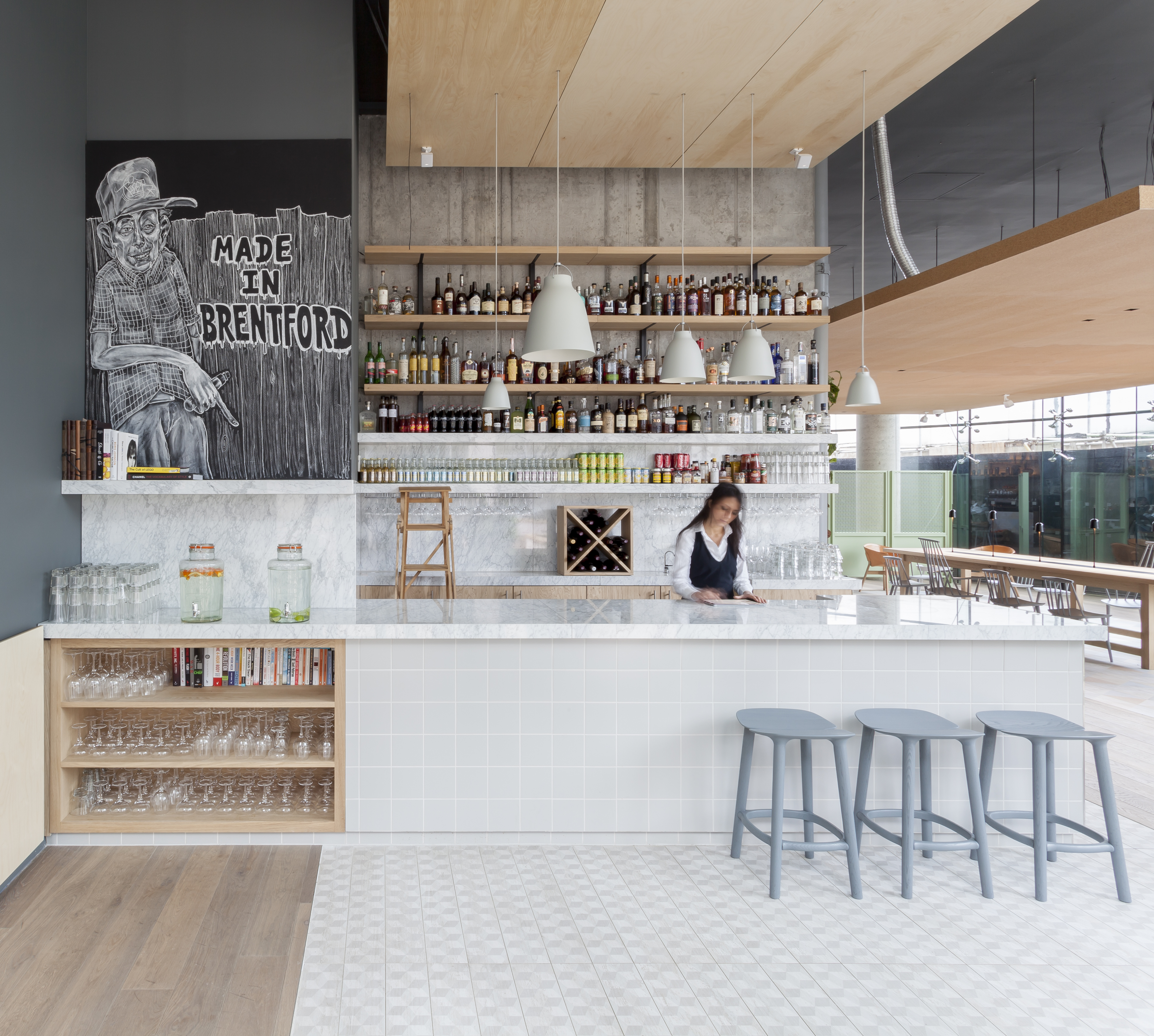 Most beautiful restaurants interiors around the world to for Design hotel definition