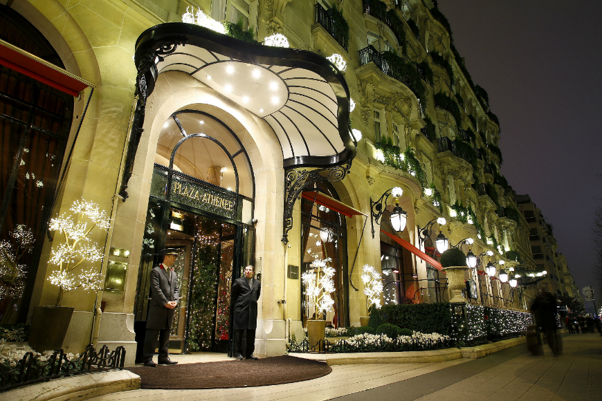 Decorating Ideas > Most Luxurious Hotels With The Best Christmas Window  ~ 041106_Christmas Decoration Ideas Hotel