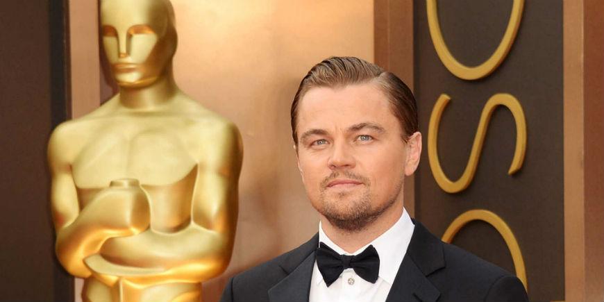 Oscars 2016 Leonardo Dicaprio Wins Best Actor Award with The Revenant (4)