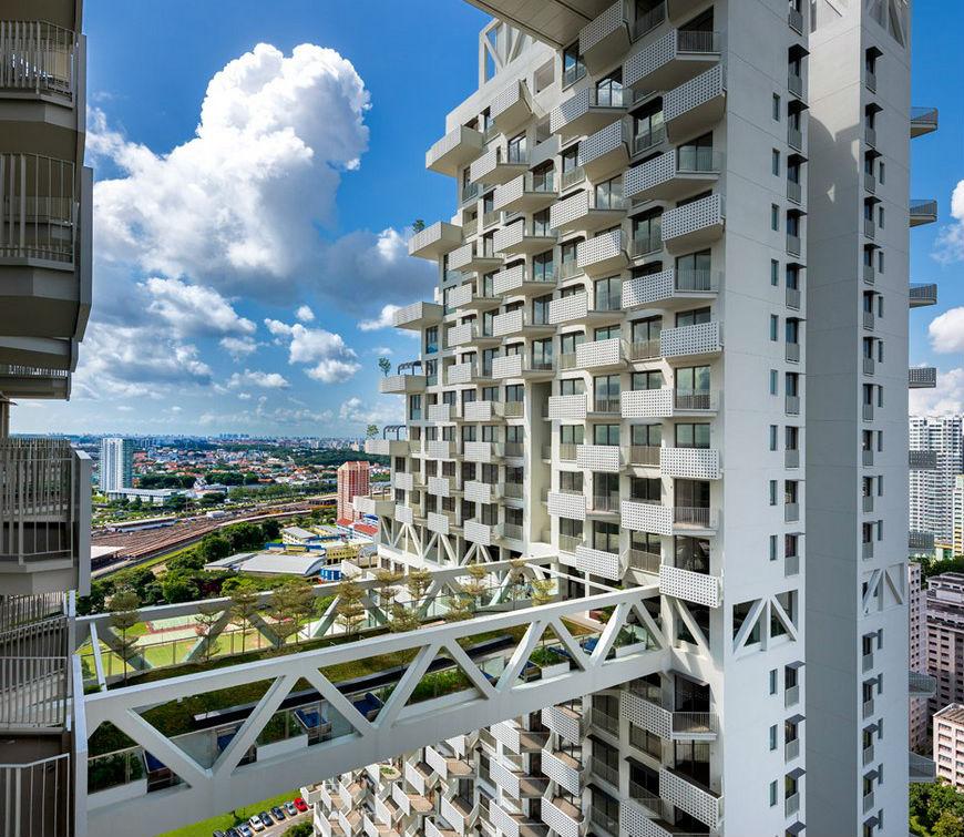 modern architecture Modern Architecture: Fabulous Pool on Singapore's Sky MODERN ARCHITECTURE FABULOUS POOL ON SINGAPORE   S SKY