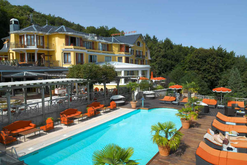 Euro 2016 7 Luxurious Hotels For The Europe S Top Teams