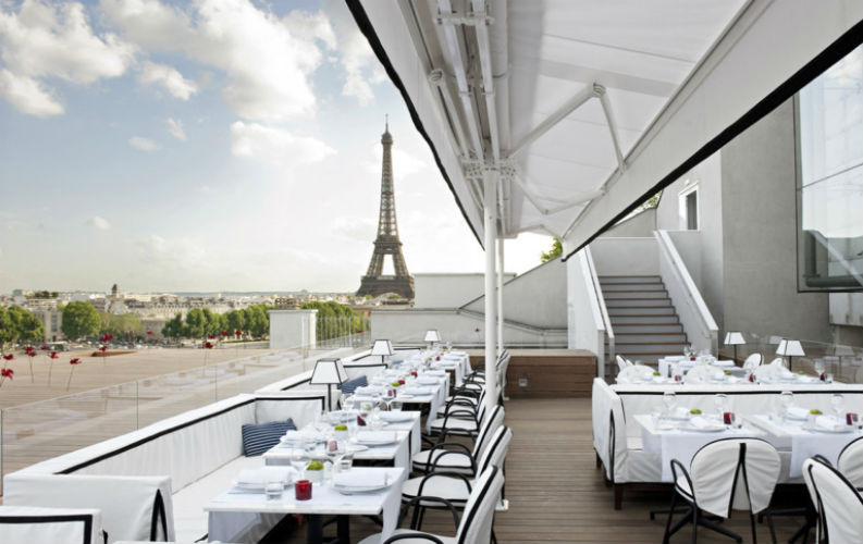 5 Restaurants in Paris For The Perfect Sunset1