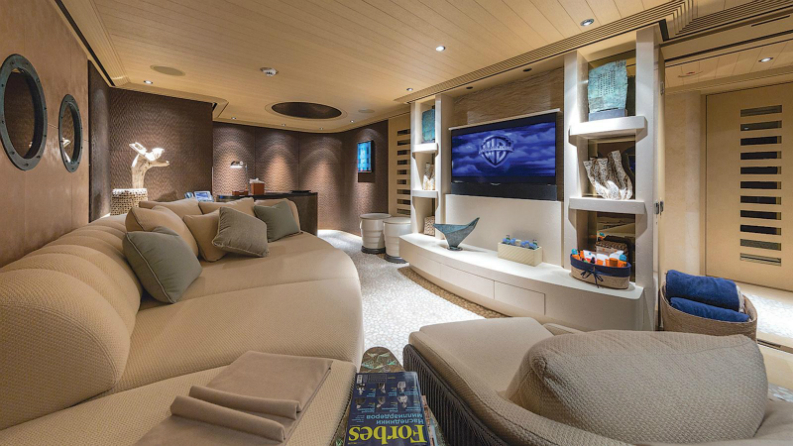 Interior Design Tips for Yachts: Luxury Interiors Travelling the Sea interior design tips Interior Design Tips for Yachts: Luxury Interiors Travelling the Sea oqr60eH5QIayJGyWre0p Abeking and rasmussen yacht romea beach club Jeff Brown 2240x1260