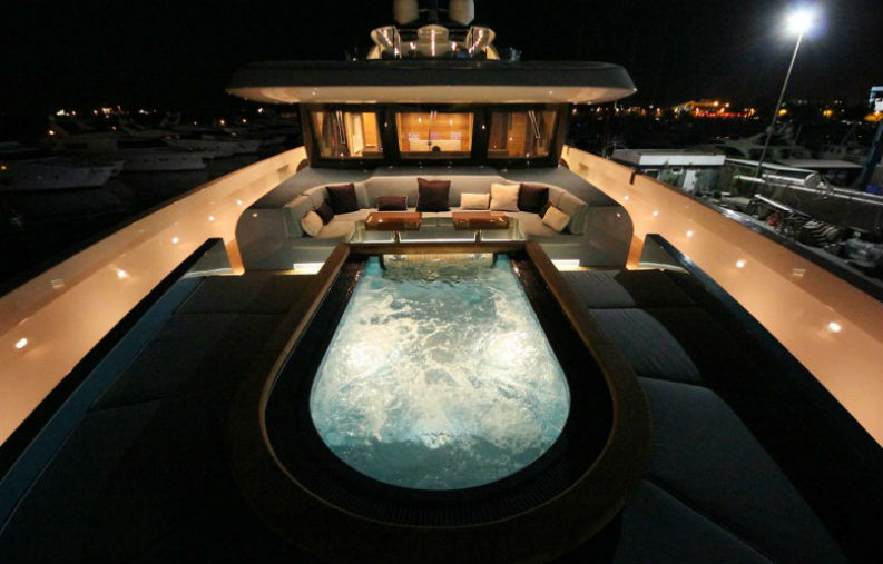 5 Living Room Ideas From Luxury Yachts That Will Make You Own One living room ideas 5 Living Room Ideas From Luxury Yachts That Will Make You Own One 5 Living Room Ideas From Luxury Yatchs That Will Make You Own One 1