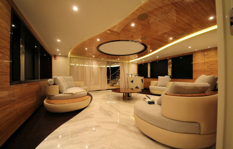 5 Living Room Ideas From Luxury Yachts That Will Make You Own One living room ideas 5 Living Room Ideas From Luxury Yachts That Will Make You Own One 5 Living Room Ideas From Luxury Yatchs That Will Make You Own One 2