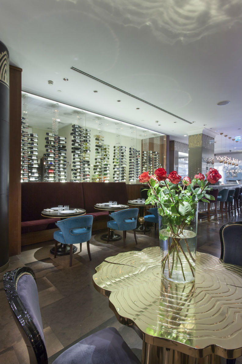 Brabbu And Cococo Restaurant Gives Luxurious Interior
