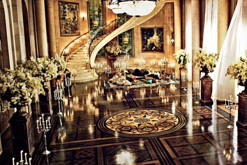 Incredible Interior Design Ideas From Movie Sets interior design ideas Incredible Interior Design Ideas From Movie Sets great gatsby image from mylusciouslife e1473345695872