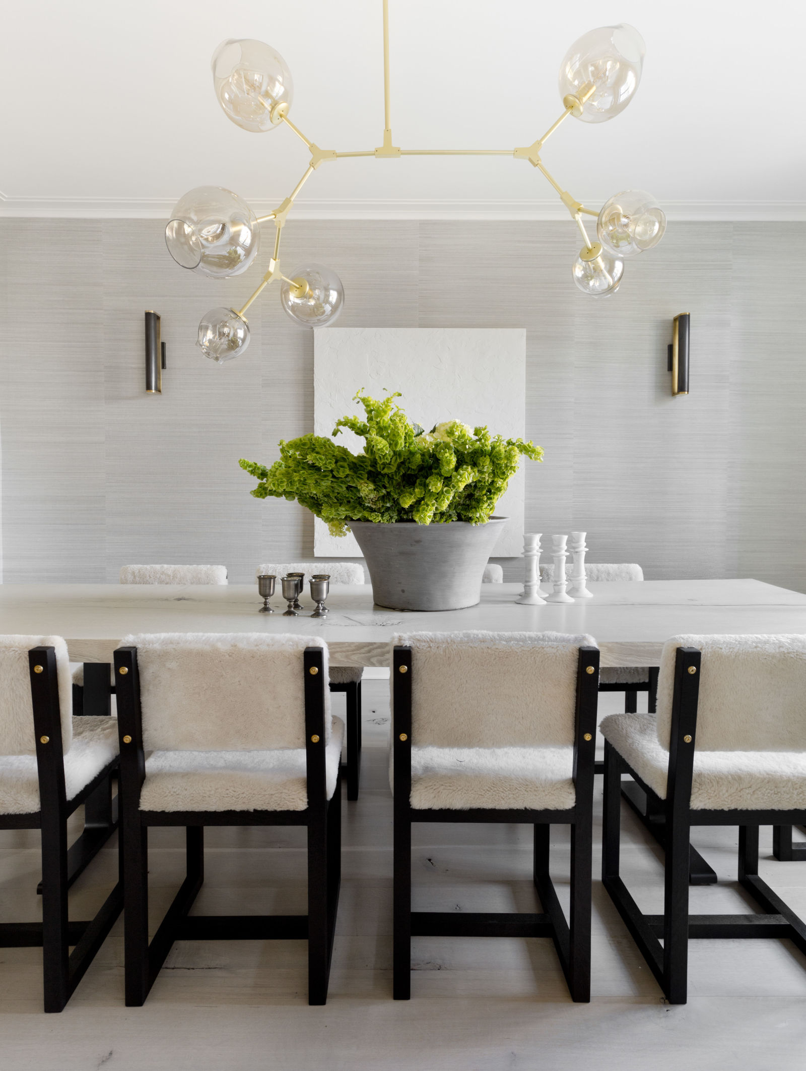 5 incredible interior design tips by elle decor for a chic for White dining room decor
