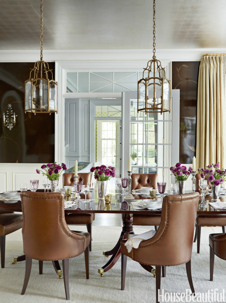 7 Amazing Dining Room Ideas In House Beautiful That You Will Love (2) dining room ideas 7 Amazing Dining Room Ideas In House Beautiful That You Will Love 54c2e40d16f53   05 hbx chocolate lacquered walls 0912 s2