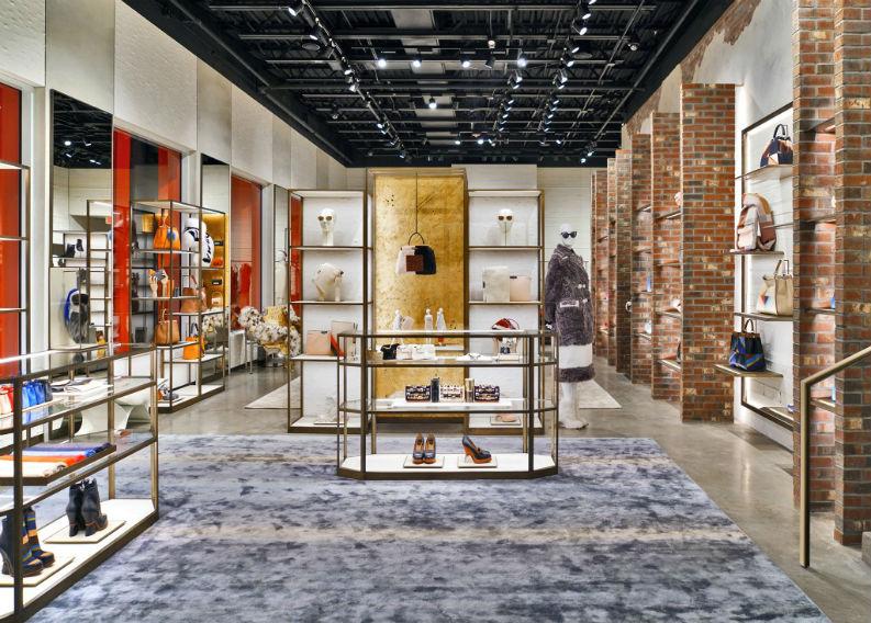 Retail Design Luxury Brand Fendi Spoils Its VIP Clients in Miami retail design Retail Design: Luxury Brand Fendi Spoils Its VIP Clients in Miami Retail Design Luxury Brand Fendi Spoils Its VIP Clients in Miami 2