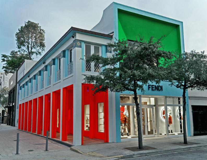 Retail Design Luxury Brand Fendi Spoils Its VIP Clients in Miami retail design Retail Design: Luxury Brand Fendi Spoils Its VIP Clients in Miami Retail Design Luxury Brand Fendi Spoils Its VIP Clients in Miami 3